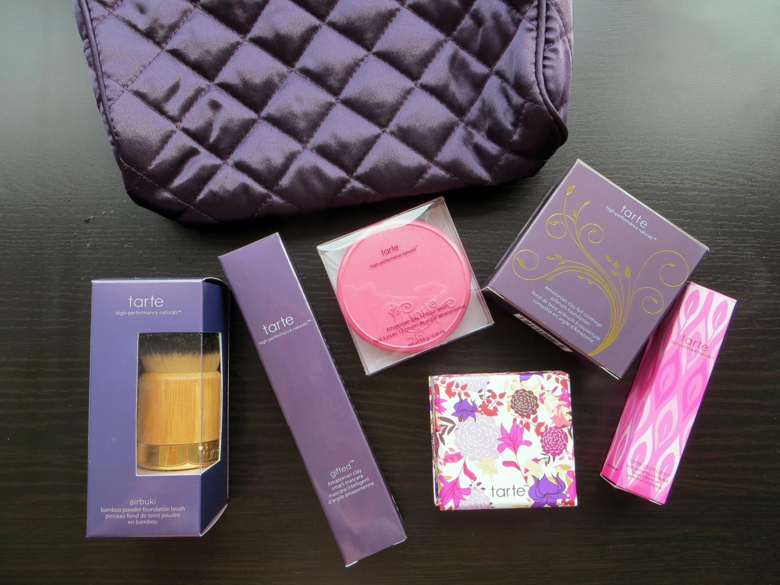 Includes: Makeup bag,